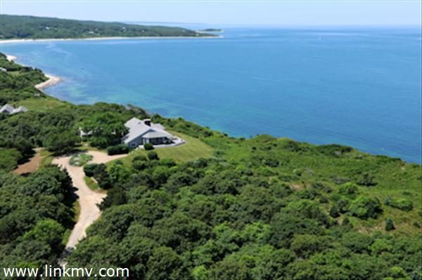 Dramatic Views of Vineyard Sound