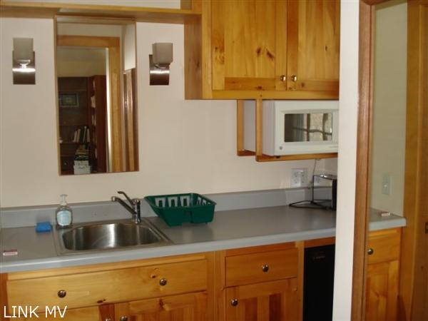 Guest cottage kitchen