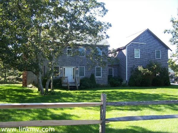 Spacious Colonial with in-law apt.