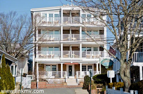 Edgartown Residence Club Sits Majestically On North Water Street