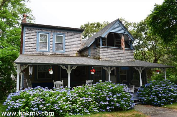 wonderful wraparound farmers porch!