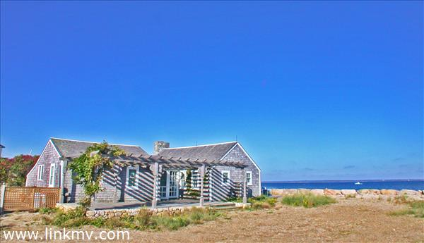 Beachfront cottage on Vineyard Sound.