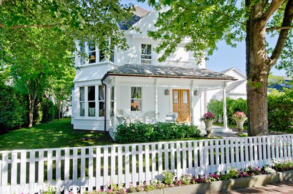 Historic Victorian Sits Majestically On South Summer Street