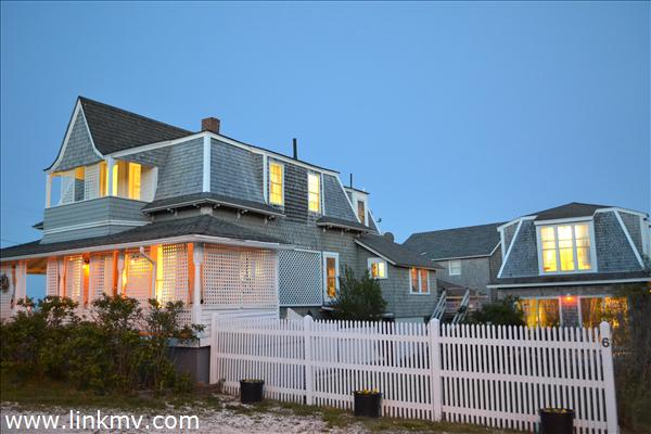 Oak Bluffs real estate 27067