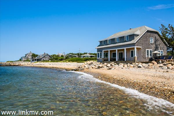 Oak Bluffs real estate 27112