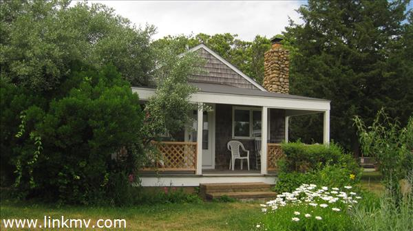 Oak Bluffs real estate 27121