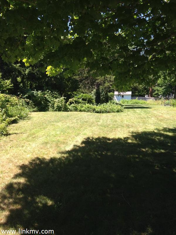Vineyard Haven real estate 27300