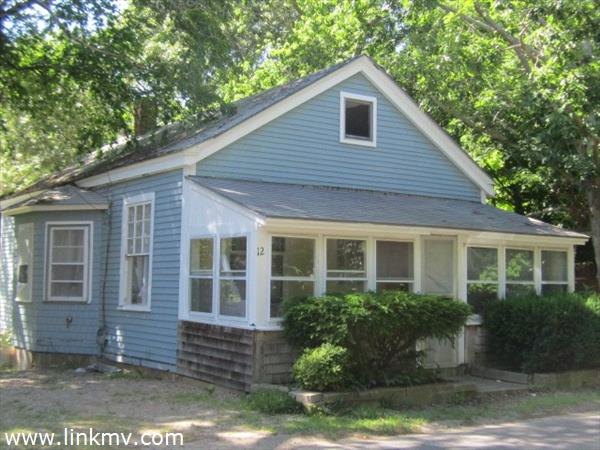 Oak Bluffs real estate 27442