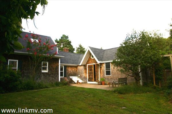 Vineyard Haven real estate 27572
