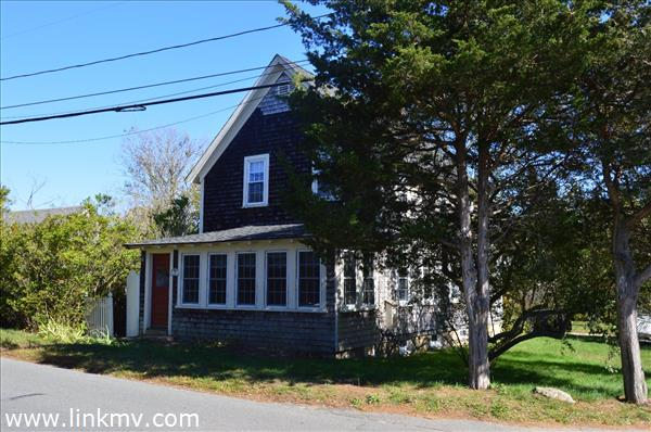 Oak Bluffs real estate 27622