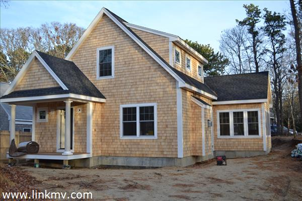 Oak Bluffs real estate 27649