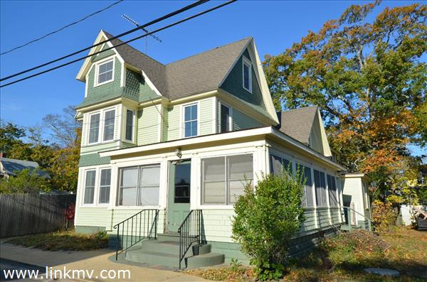 Oak Bluffs real estate 27664