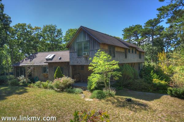 20 Old Barnes Road Marthas Vineyard MA