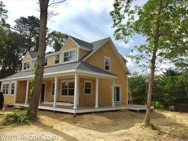 Vineyard Haven real estate 28302