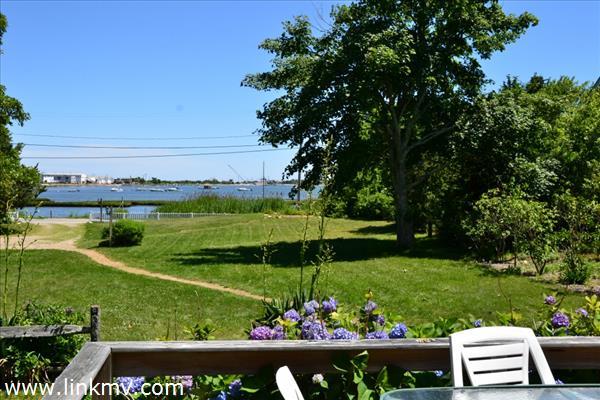 175 Lagoon Pond Road Marthas Vineyard MA