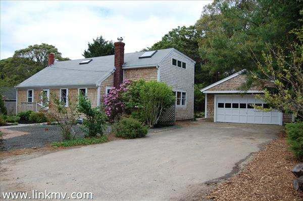 Oak Bluffs real estate 28747