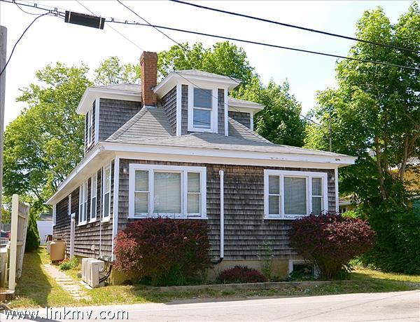 Oak Bluffs real estate 28757