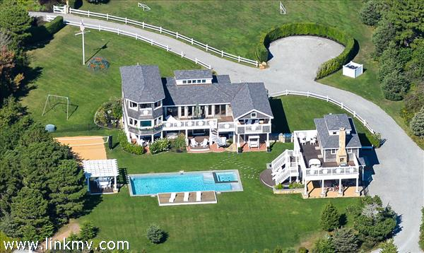 7 Scrub Oak Drive Marthas Vineyard MA