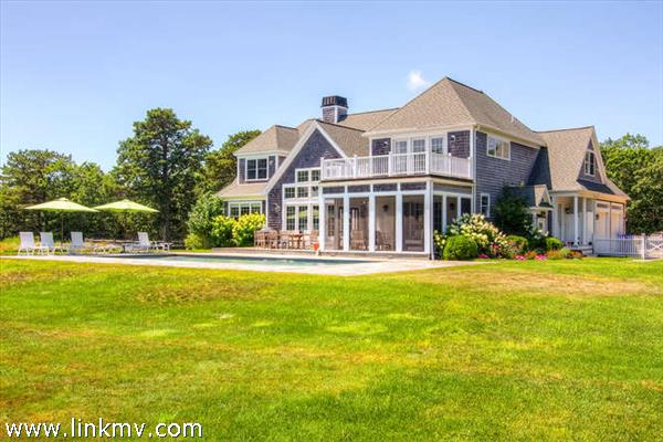 229 Pond Road Marthas Vineyard MA