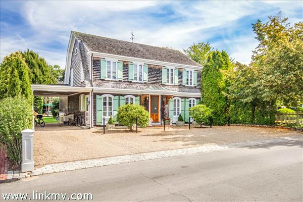 45 Cottage Street, Edgartown, MA