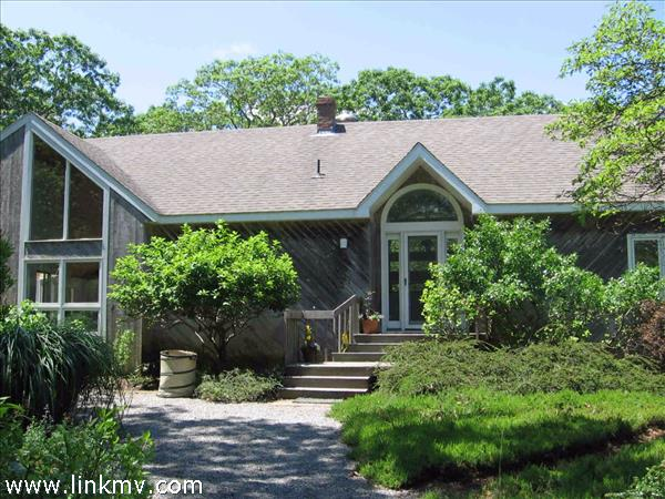 272 Bigelow Road, Vineyard Haven, MA