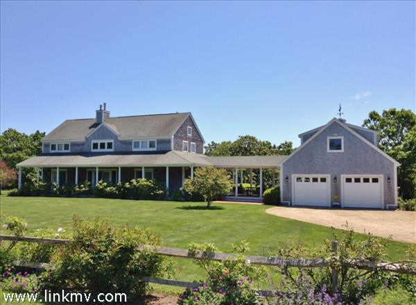 88 Charles Neck Way Marthas Vineyard MA