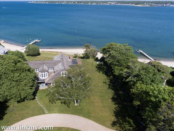 64 Hatch Road, Vineyard Haven, MA