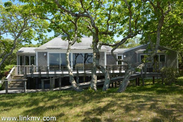 22 Lighthouse Road, Aquinnah, MA