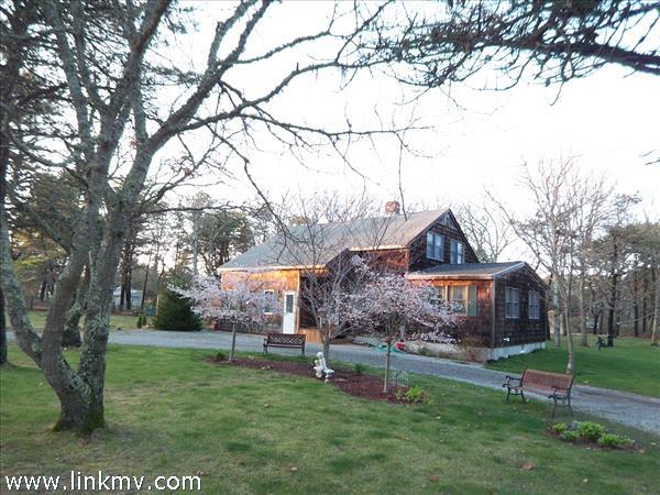 9 Sampson Avenue Marthas Vineyard MA
