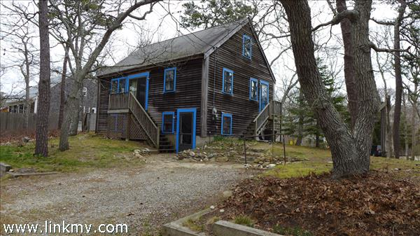 47 Monroe Avenue Marthas Vineyard MA