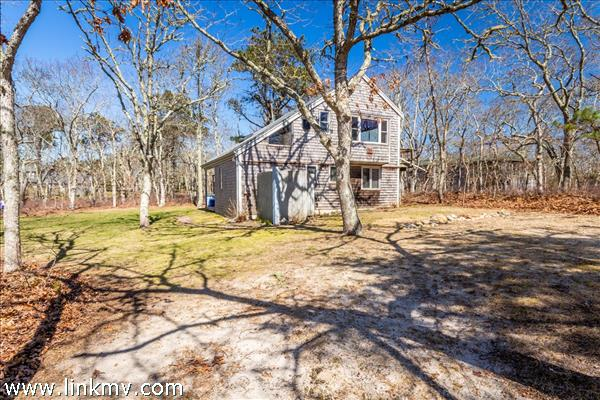 25 Sampson Avenue Edgartown MA