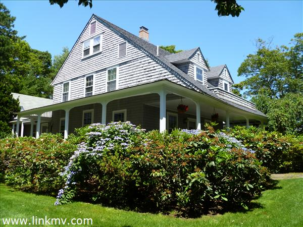 14 Hatch Road, Vineyard Haven, MA
