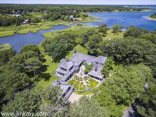 27 Majors Cove Lane, Edgartown, MA