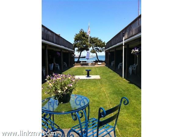 60 Beach Road, Vineyard Haven, MA