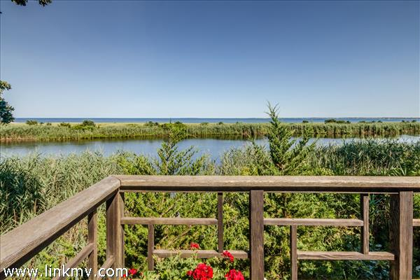 308 Sea View Avenue, Oak Bluffs, MA