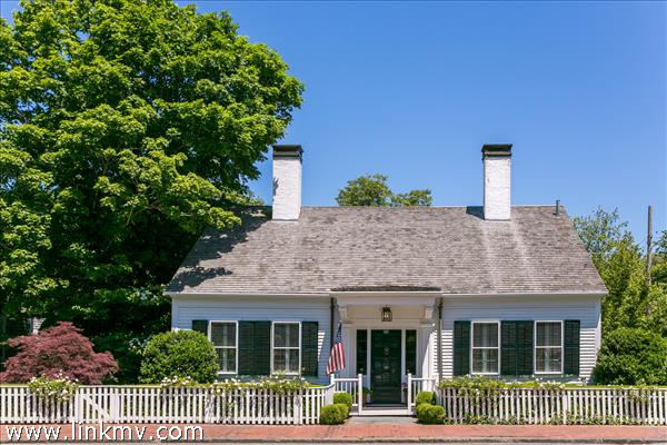 111 Upper Main Street, Edgartown, MA