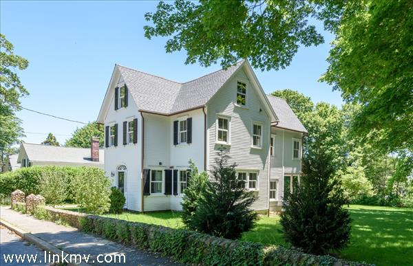 Vineyard Haven real estate 30728