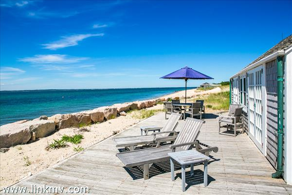 655 Herring Creek Road, Vineyard Haven, MA