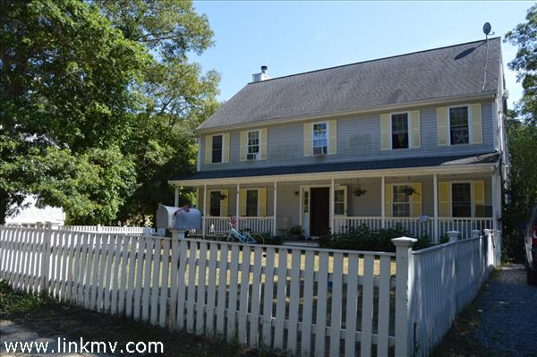 182 Lake Street, Vineyard Haven, MA