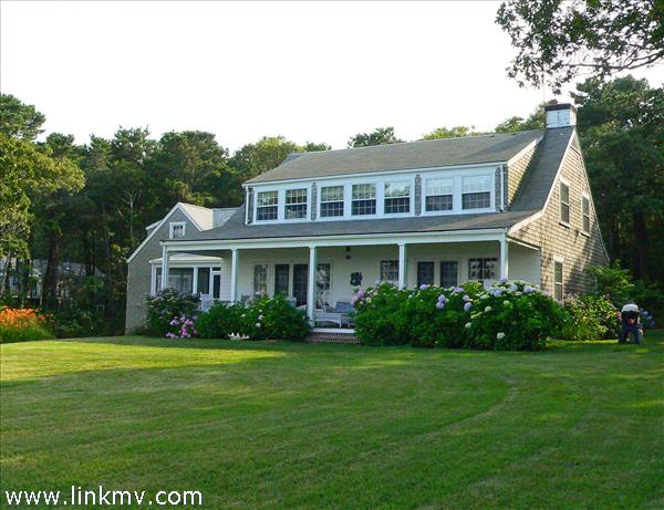 849 Main Street, Vineyard Haven, MA