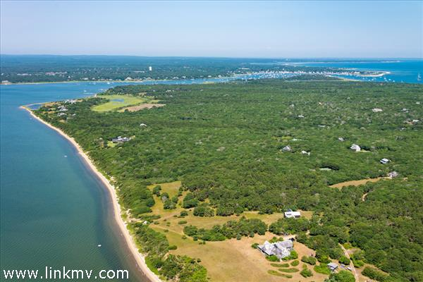 39 Jeremiah Road, Edgartown, MA