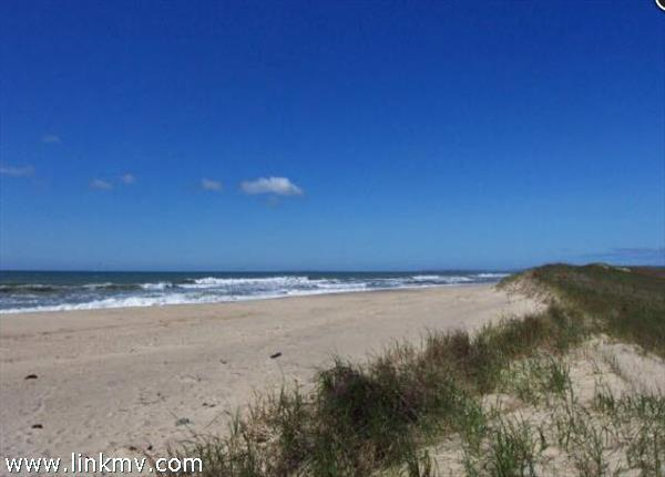 Chilmark martha's vineyard land for sale 31586