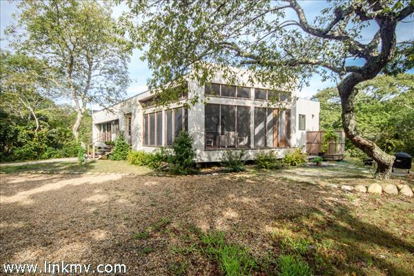 15 Calebs Common Lane, Edgartown, MA