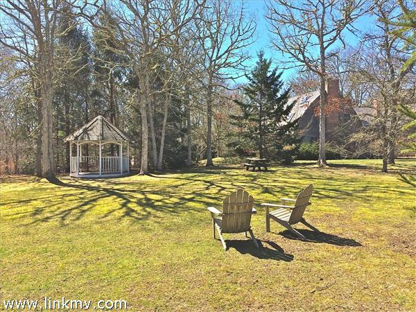 Chilmark real estate 31822
