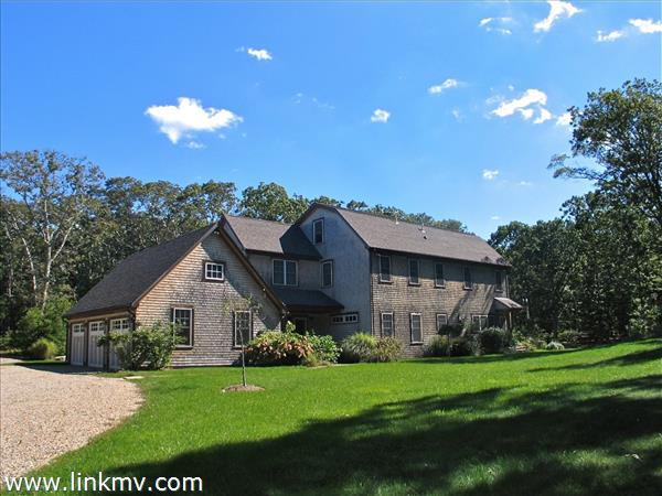 37 Memphremagog Avenue, Vineyard Haven, MA