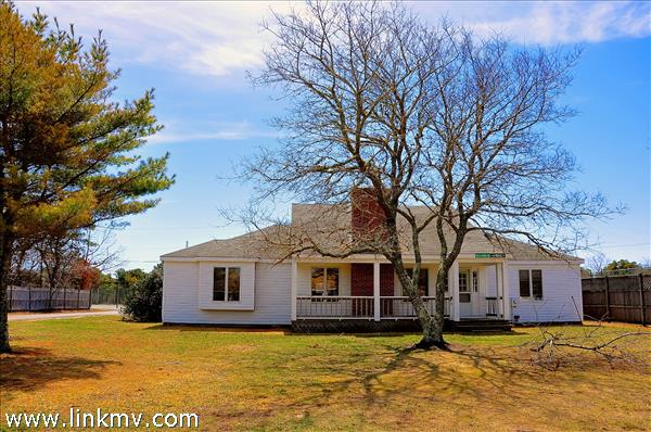 8 Puwal Lane, Edgartown, MA