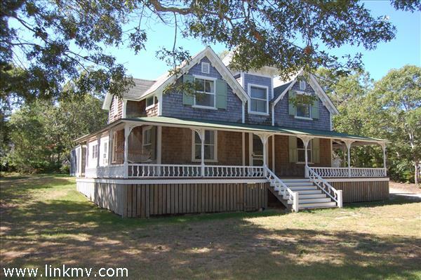 Oak Bluffs real estate 32037