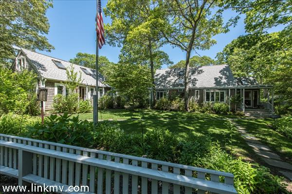 Vineyard Haven real estate 32071
