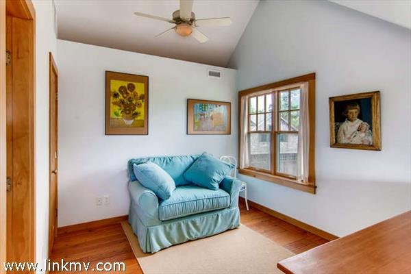 Aquinnah waterview home loft space for extra sleeping