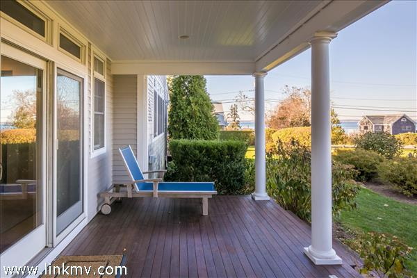 Side deck which you can enter onto from dining room